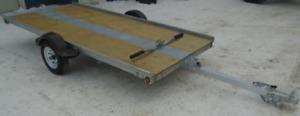 Remorque pour SKI-DOO MAXIR G6 2002 à bascule avec treuil
