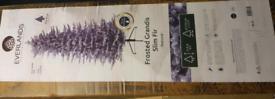 8ft Everland Christmas Tree