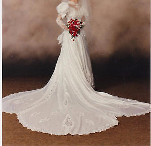 Beautiful Traditional Wedding Gown