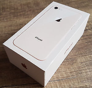iPhone 8 256 GB Gold with Telus (New in Box)