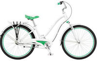 LIKE NEW: GIANT Ladies City Suede Bike ( White/green)