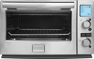 Frigidaire Professional® 6-Slice Convection Toaster Oven NEW