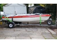 Motor boat Honda 10hp engine all controls snip trailer