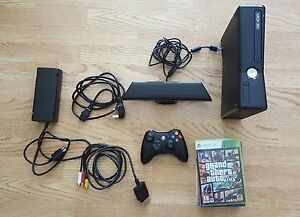 Xbox 360 4GB Kinect 1 Controller Rechargeable Pack/15-20 Games