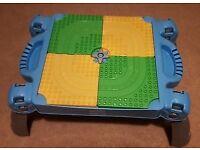 Thomas folding lego table