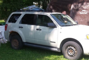 FORD ESCAPE FOR SALE AS IS
