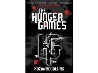 MINT CONDITION THE HUNGER GAMES BOOK ONLY USED ONCE