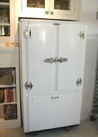 recherche vieux frigidaire art objets collectionner laurentides kijiji. Black Bedroom Furniture Sets. Home Design Ideas