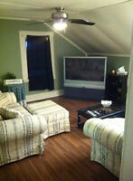 Available Immediately!! Spacious, beautiful 2 bedroom apartment