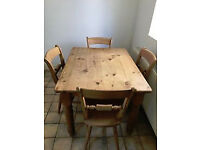 Traditional farmhouse solid pine table 4x3ft, strong, vgc, with 4 solid wood chairs