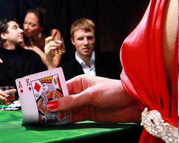 Mit Ass und König auf der Hand ist das Spiel so gut wie gewonnen. (Copyright: Thinkstock/ über The Digitale)
