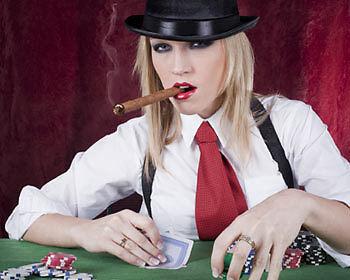 Gegen Pokerprofis haben Amaterure meist schlechte Karten. (Copyright: Thinkstock/ über The Digitale)