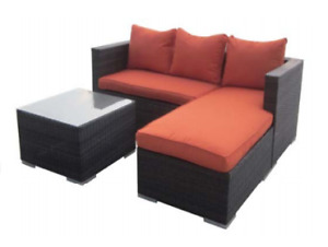 Outdoor Sofa/Divan Sectionnel! Neuf