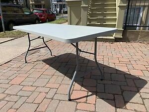 Large Folding Table 60$