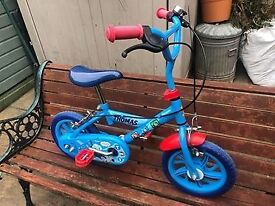 thomas the tank engine 3to5years approximate age two wheeler bicycle
