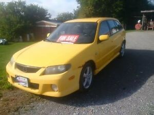 2003 Mazda Protege 5 - Manual - Hatchback
