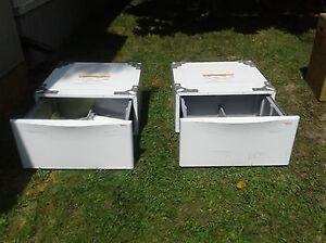 LG Washer / Dryer Pedestals ..white