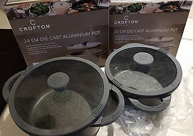 2 almost new Die-cast Aluminum pot + some free frypans