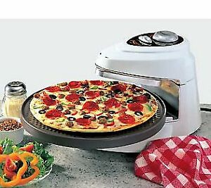 ROTATING  PIZZA  COOKER  BY  PRESTO !