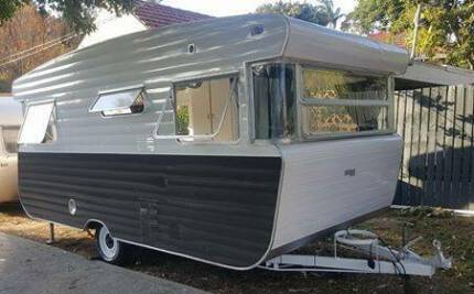 Classic Vintage Viscount Royal Caravan – Immaculate Restoration