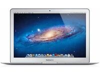 Apple Macbook Air 13.3 inches (128 GB) with free Parallels Software