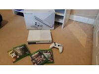 Boxed Xbox One s 500gb in excellent as new condition