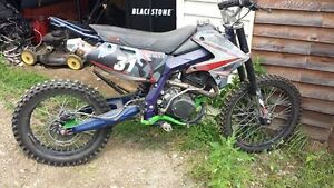 Giovanni's motorcycles 250 4 temp probleme transmisson