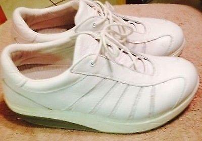 223b4517d7ce Womens Sneakers