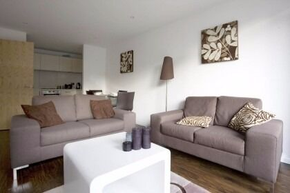 Sought After One Bedroom Flat In Modern Viridian Development Battersea