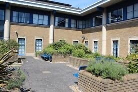 ► ► Dartford ◄ ◄ recently BUSINESS CENTRE, under flexible lease terms