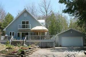 Homes for Sale in Georgian Bluffs, Ontario $339,900