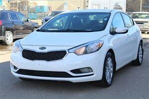 2014 Kia Forte 2014 KIA FORTE EX , clean car powered by an econo