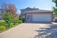 REDUCED..Don't miss it...EXECUTIVE HOUSE IN TIMBERLEA FOR RENT