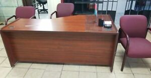 Solid Office desk for sale (Superb Condition)