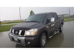 2007 Nissan Titan 4x4 Loaded Leather Hail damagae rebuilt title