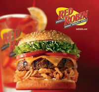 RED ROBIN KELOWNA IS HIRING SERVERS, LINECOOKS, & DISHWASHERS!