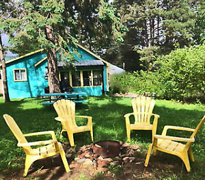 DELUXE BLUE COTTAGE! DON'T MISS OUT !!!