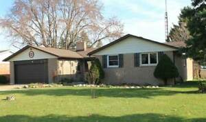 Beautiful 3 bedroom house for rent-Wallaceburg.
