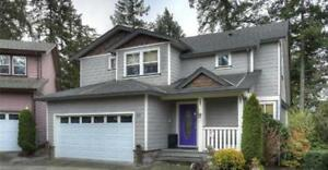 3 bdrm plus den / 4 bath home available march 1st