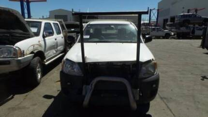 TOYOTA HILUX LEFT FRONT 3/4 BENCH SEAT 05 TO 11 (TMP-182038)