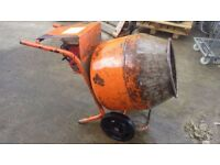 Honda cement mixer petrol rough but ready