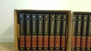 The New Encyclopaedia Britannica in 30 Volumes 15th Edition 1982 Sarnia Sarnia Area image 1