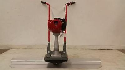 BullDog concrete cement vibrating power screed Honda 4 stroke Gas MADE IN USA