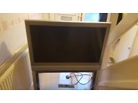 TOSHIBA LCD COLOUR TV 37 INCH HD WITH STAND