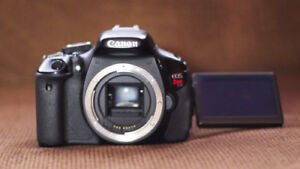 Canon T3i,  FOUR batteries, and TWO chargers EXCELLENT condition