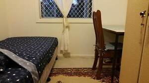 Room for rent Great location Bills included Short/ long term Townsville City Preview