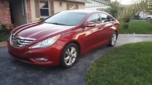 2011 Hyundai in mint condition