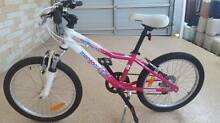 "NEAR NEW GIRLS "" 20 "" MONGOOSE MOUNTAIN BIKE Birkdale Redland Area Preview"