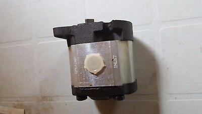 New Hydraulic Oil Pressure Pump Fits Kubota B6200