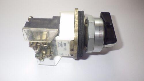 ALLEN BRADLEY 800T-J20A 3-POS SPRING RETURN CENTER 1NO-1NC SEL. SWITCH SERIES T